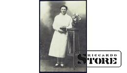 Старинная открытка времён Ульманиса. Латышка с Библией