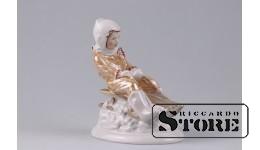 Фарфоровая статуэтка «С горки» Рижская фарфоровая фабрика