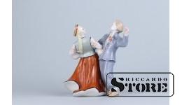 Статуэтка, Народный танец, фарфор, Рига ,Рижская фарфоровая фабрика, автор модели - Илга Ванага, 50-е годы , 13.5 см