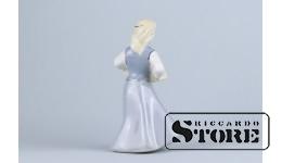 Статуэтка, Девушка с бокалами , фарфор, Рига, Рижская фарфоровая фабрика, 1950 г. 14 см