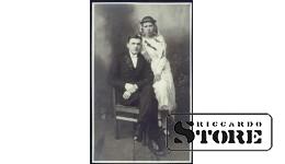 Старинная открытка времён Ульманиса. Он и она