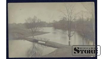 Коллекционная открытка Российской Империи  Мостик через реку