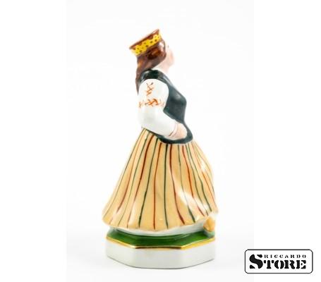 Фарфоровая статуэтка Народный танец фабрики М. С. Кузнецова вид 3