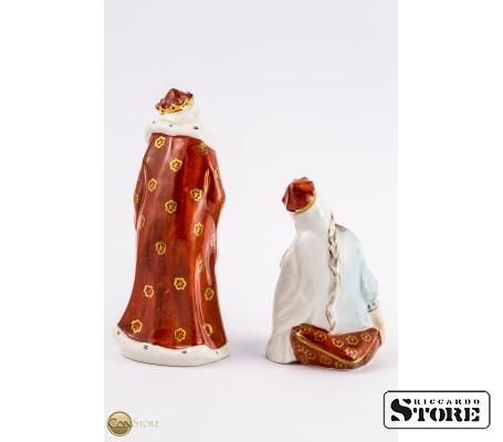 Фарфоровые статуэтки Царь Горох и Царевна Несмеяна вид 5