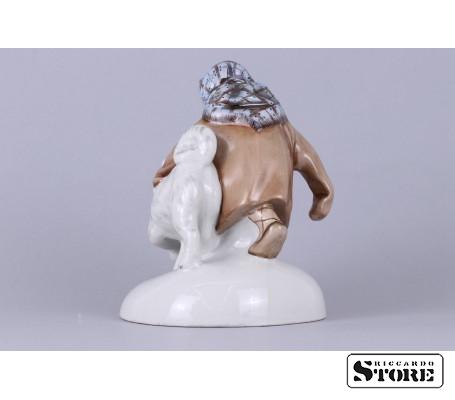 Фарфоровая статуэтка Укутыш с собакой вид 7