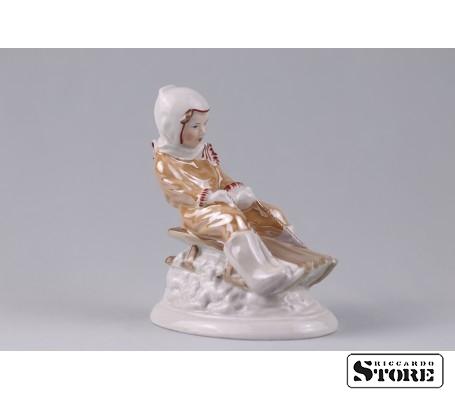 Фарфоровая статуэтка С горки - талисман на хороший отдых вид 1