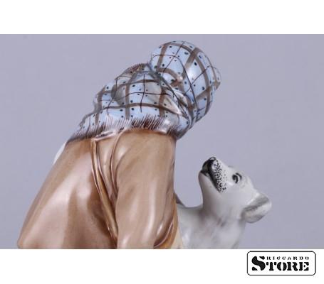 Фарфоровая статуэтка Укутыш с собакой вид 14