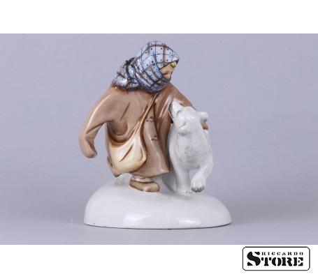 Фарфоровая статуэтка Укутыш с собакой вид 9