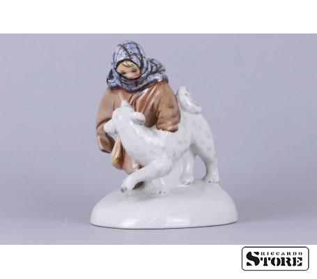 Фарфоровая статуэтка Укутыш с собакой вид 5