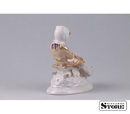 Фарфоровая статуэтка С горки - талисман на хороший отдых вид 5